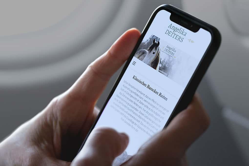Webseite Klassich-Barockes-Reiten auf Handy