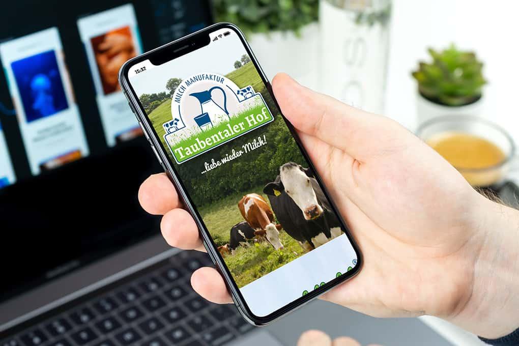 Webseite Taubentaler Hof auf Smartphone